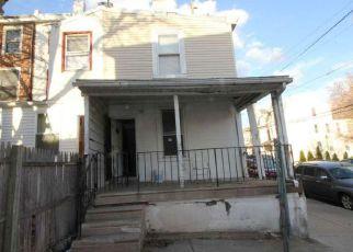 Casa en ejecución hipotecaria in Norristown, PA, 19401,  E SPRUCE ST ID: F4116479
