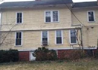 Casa en ejecución hipotecaria in Mount Airy, NC, 27030,  TAYLOR ST ID: F4116634