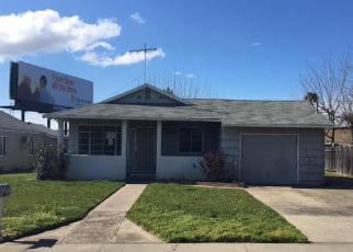 Casa en ejecución hipotecaria in Sacramento, CA, 95815,  CONNIE DR ID: F4117023