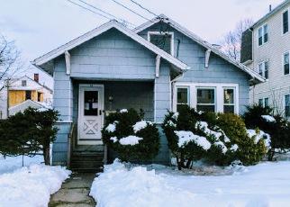 Casa en ejecución hipotecaria in Hartford, CT, 06114,  DOUGLAS ST ID: F4117046