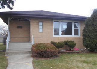 Casa en ejecución hipotecaria in Calumet City, IL, 60409,  OGLESBY AVE ID: F4117301