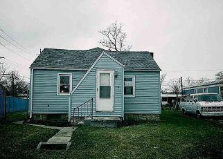 Casa en ejecución hipotecaria in Fort Wayne, IN, 46818,  FRONT ST ID: F4117352