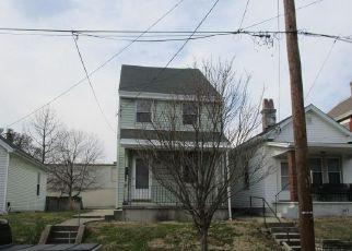 Casa en ejecución hipotecaria in Latonia, KY, 41015,  CHURCH ST ID: F4117630