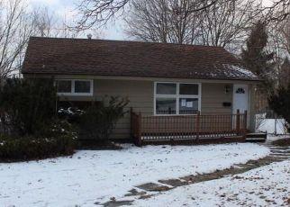 Casa en ejecución hipotecaria in Syracuse, NY, 13205,  THURLOW DR ID: F4117720