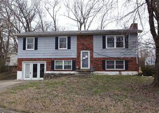 Casa en ejecución hipotecaria in Radcliff, KY, 40160,  PATTON DR ID: F4118113