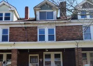 Casa en ejecución hipotecaria in Pittsburgh, PA, 15218,  1/2 MICHIGAN AVE ID: F4118595