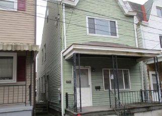 Casa en ejecución hipotecaria in Pittsburgh, PA, 15215,  CHAPMAN ST ID: F4118657