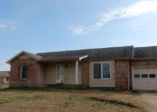 Foreclosure Home in Clarksville, TN, 37042,  BROADMORE DR ID: F4118823