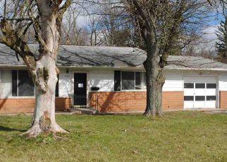 Casa en ejecución hipotecaria in Fort Wayne, IN, 46806,  E FAIRFAX AVE ID: F4118902