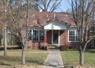 Casa en ejecución hipotecaria in Henderson, TX, 75652,  W MAIN ST ID: F4119833