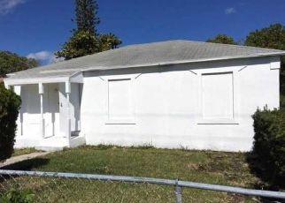 Casa en ejecución hipotecaria in West Palm Beach, FL, 33404,  W 16TH ST ID: F4119892