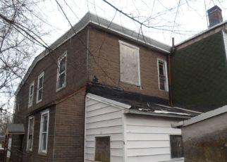 Casa en ejecución hipotecaria in Darby, PA, 19023,  S 2ND ST ID: F4120120