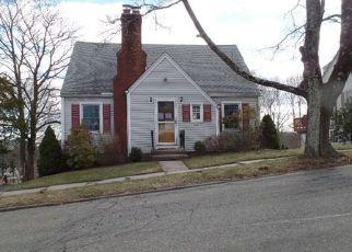 Casa en ejecución hipotecaria in Meriden, CT, 06450,  DEXTER AVE ID: F4120146