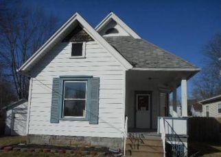Casa en ejecución hipotecaria in Elyria, OH, 44035,  OAK ST ID: F4120308