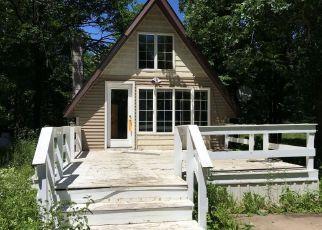 Casa en ejecución hipotecaria in Pine Condado, MN ID: F4120400