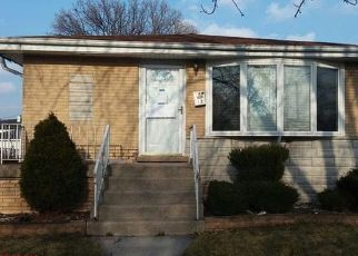 Casa en ejecución hipotecaria in Dolton, IL, 60419,  LANGLEY AVE ID: F4120494