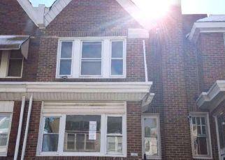 Casa en ejecución hipotecaria in Philadelphia, PA, 19120,  ROSALIE ST ID: F4120902