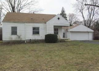Casa en ejecución hipotecaria in Southfield, MI, 48075,  FILMORE ST ID: F4121127