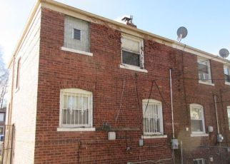 Foreclosure Home in Chicago, IL, 60617,  E 96TH ST ID: F4121218