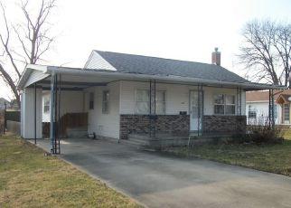 Casa en ejecución hipotecaria in Logan Condado, IL ID: F4121233