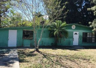 Foreclosure Home in Fort Myers, FL, 33916,  LOUISE AVE ID: F4121284