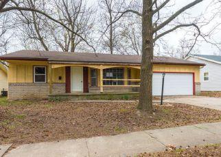 Casa en ejecución hipotecaria in Springfield, MO, 65807,  S WESTWOOD AVE ID: F4121807