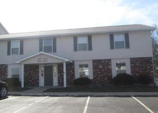 Foreclosure Home in Saint Peters, MO, 63376,  HIGHLAND HILL DR ID: F4121958