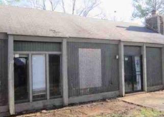 Foreclosure Home in Memphis, TN, 38118,  E OAK SIDE DR ID: F4121990