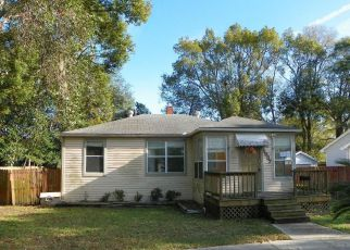 Casa en ejecución hipotecaria in Jacksonville Beach, FL, 32250,  4TH AVE N ID: F4122320