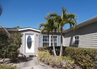 Casa en ejecución hipotecaria in Port Saint Lucie, FL, 34952,  MCCLINTOCK WAY ID: F4122690