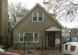 Casa en ejecución hipotecaria in Chicago, IL, 60639,  W PARKER AVE ID: F4122711