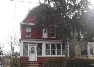 Casa en ejecución hipotecaria in Newark, NJ, 07106,  ALEXANDER ST ID: F4122872
