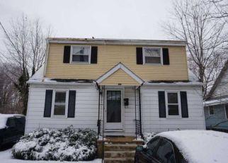 Casa en ejecución hipotecaria in Woodbury, NJ, 08096,  HESSIAN AVE ID: F4122879