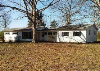 Casa en ejecución hipotecaria in Dickson Condado, TN ID: F4123828