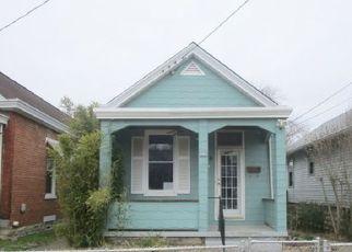 Casa en ejecución hipotecaria in Covington, KY, 41016,  OAK ST ID: F4123833