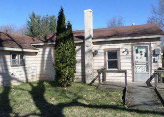 Casa en ejecución hipotecaria in Niles, MI, 49120,  BARRON LAKE RD ID: F4124182