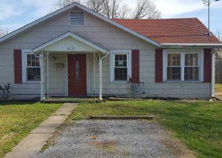 Casa en ejecución hipotecaria in Paducah, KY, 42003,  ADAMS ST ID: F4124222