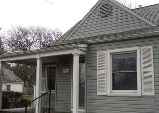 Casa en ejecución hipotecaria in Eastpointe, MI, 48021,  FIRWOOD AVE ID: F4124756