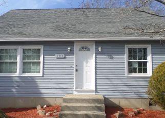Casa en ejecución hipotecaria in North Providence, RI, 02911,  STELLA DR ID: F4124982