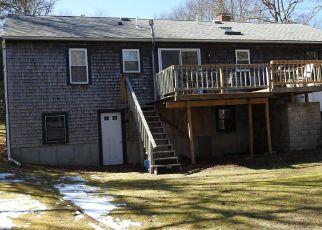 Casa en ejecución hipotecaria in Barnstable Condado, MA ID: F4125173