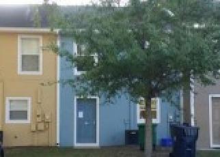 Casa en ejecución hipotecaria in Tampa, FL, 33604,  N BRANCH AVE ID: F4125666