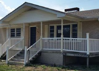 Casa en ejecución hipotecaria in Hendersonville, NC, 28792,  HOLLY TREE CIR ID: F4125988