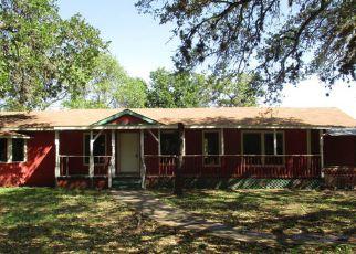 Casa en ejecución hipotecaria in San Antonio, TX, 78264,  CAMELOT LN ID: F4126277