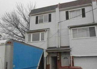 Casa en ejecución hipotecaria in Staten Island, NY, 10303,  EMERIC CT ID: F4126607