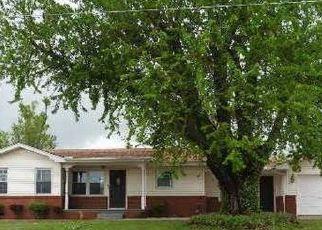 Casa en ejecución hipotecaria in El Reno, OK, 73036,  S CHOCTAW AVE ID: F4126695