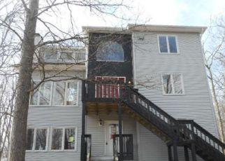 Casa en ejecución hipotecaria in East Stroudsburg, PA, 18301,  JENNIFER DR ID: F4126736