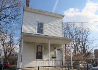 Casa en ejecución hipotecaria in Darby, PA, 19023,  CENTER ST ID: F4127862