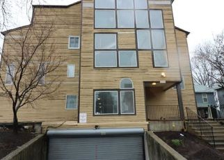 Casa en ejecución hipotecaria in Bridgeport, CT, 06604,  NORTH AVE ID: F4128087