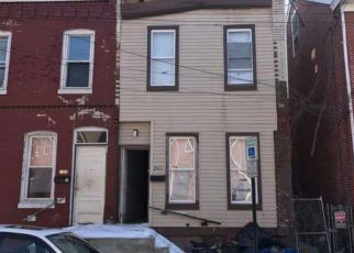 Casa en ejecución hipotecaria in Trenton, NJ, 08618,  PASSAIC ST ID: F4128112