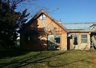 Casa en ejecución hipotecaria in Tuckerton, NJ, 08087,  TWIN LAKES BLVD ID: F4128448
